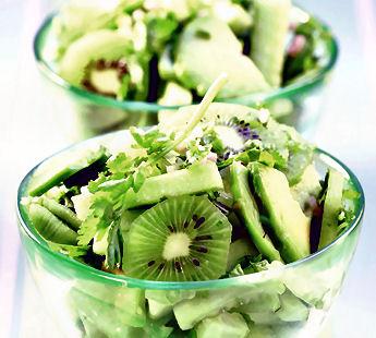 frisse-komkommer-kiwi-avocado
