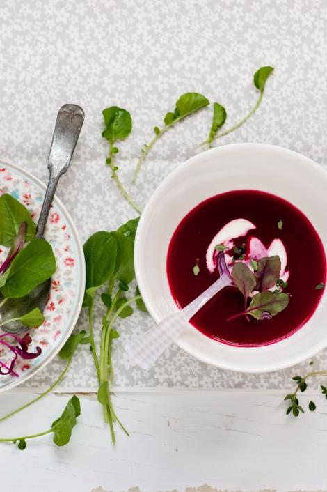 Rode bieten soep
